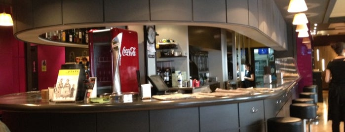 Restaurant del Mig is one of Orte, die Lutherv gefallen.