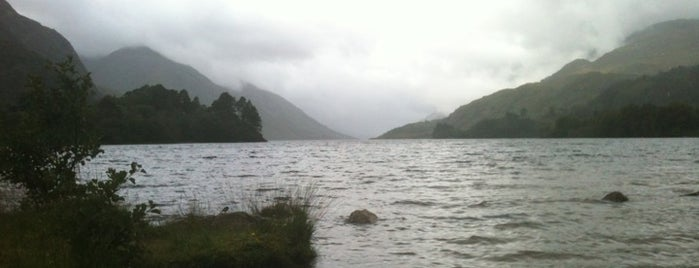 Loch Shiel is one of Po stopách Karla Čapka v Anglii.