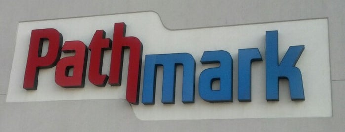 Pathmark is one of Lugares favoritos de Fred.
