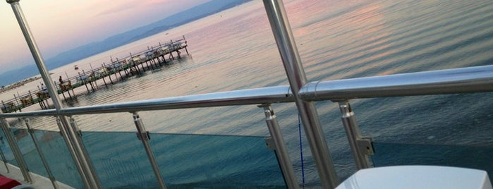 Üçem Golden Sea Hotel is one of Lugares favoritos de Nese.