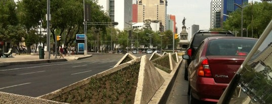 Av. Paseo de la Reforma is one of 101 Mexico City musts!.