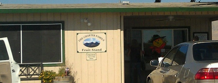 Charter Family Fruit Stand is one of Orte, die Leigh gefallen.