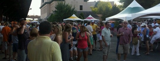 Knoxville Brewfest is one of Posti che sono piaciuti a Jason.