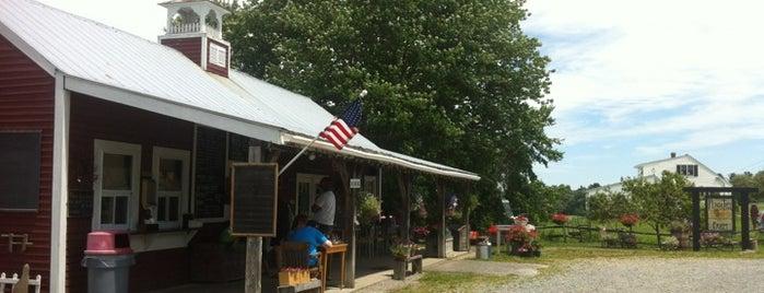 Peach Tree Farm is one of Chuck : понравившиеся места.