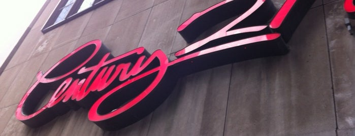 Century 21 Department Store is one of Dicas de Nova York.