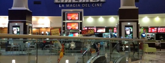 Cinemex is one of Lugares en Huixquilucan.