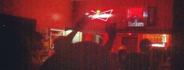 Casa da Matriz is one of Partying around the world! \o/.