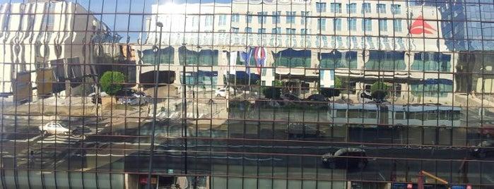 Austria Trend Hotel Ljubljana is one of Tempat yang Disukai Hdo.
