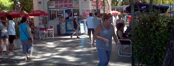 Alameda Sur is one of Lugares que conozco en Baires! y Vamos por más....