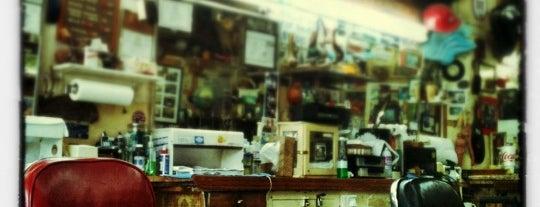 Doug and Don's Barber Shop is one of Tempat yang Disimpan Louise.