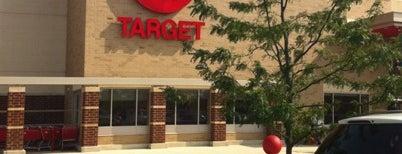 Target is one of Amelia 님이 좋아한 장소.