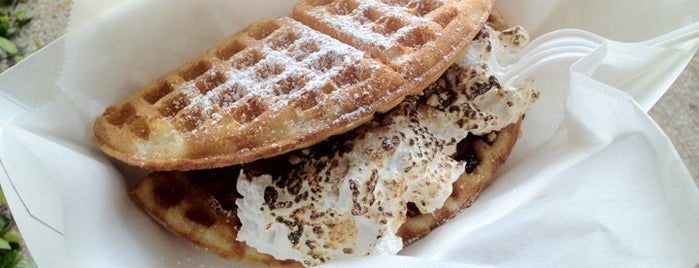 The Waffle Bus is one of Michael 님이 좋아한 장소.