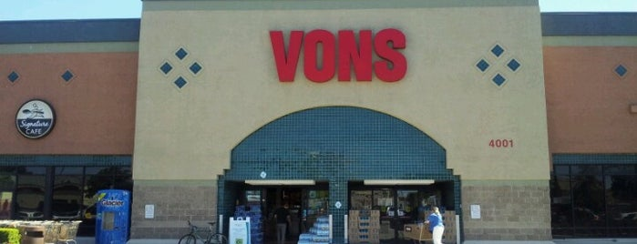 VONS is one of Shamika : понравившиеся места.