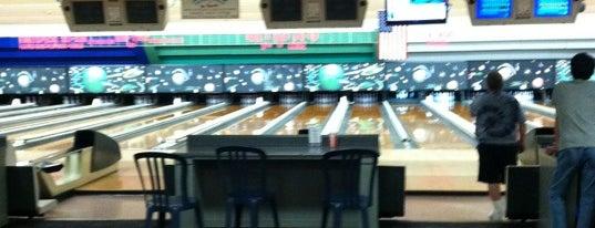 Spins Bowl is one of Posti che sono piaciuti a Rachel.
