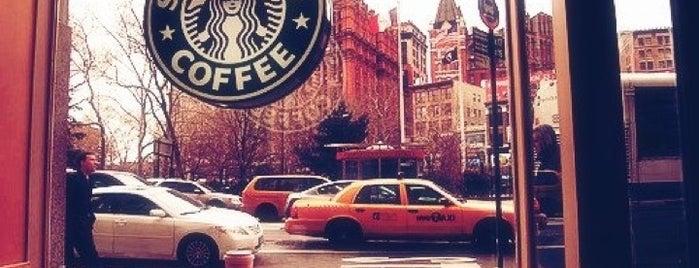 Starbucks is one of Charlie'nin Beğendiği Mekanlar.