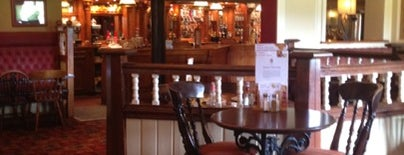 The Cross Hands (Toby Carvery) is one of Lugares favoritos de Carl.
