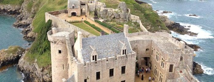 Fort-la-Latte is one of Bretagne.