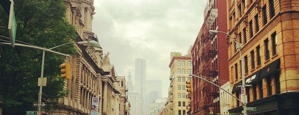 SoHo is one of 101 places to see in Manhattan before you die.