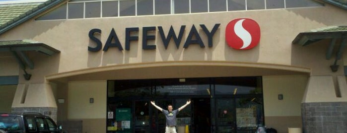 Safeway is one of Kona.