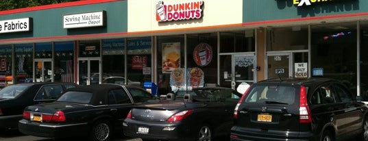 Dunkin' is one of Lugares guardados de Bang.