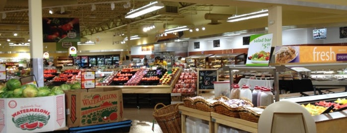 The 9 Best Supermarkets in Baltimore