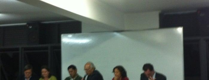 Faculdade de Políticas Públicas - FaPP/UEMG is one of Vanessa'nın Beğendiği Mekanlar.