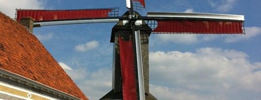 De Molenhoeve is one of Oostende.
