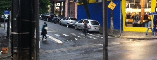 Rua Teodoro Sampaio is one of Orte, die Bruno gefallen.