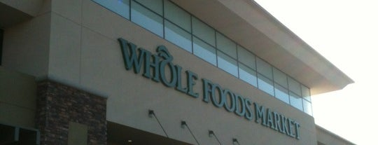 Whole Foods Market is one of Lieux qui ont plu à Tasia.