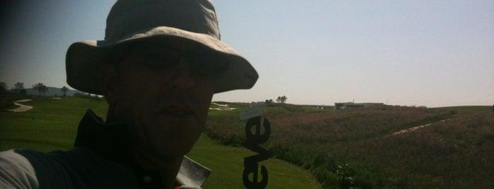 El Encin Golf Hoyo 18 is one of Madrid.