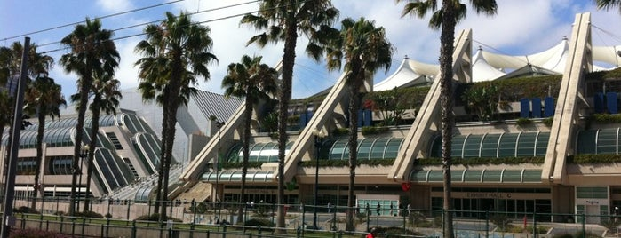 San Diego Convention Center is one of San Diego Comic-Con.