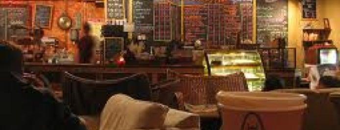 COFFEE SHOP @ Vakarufalhi is one of My Favorite Coffee Shops.