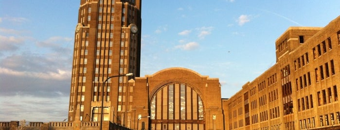 Buffalo Central Terminal is one of StorefrontSticker City Guides: Buffalo.