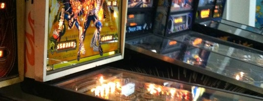 Crabtowne USA is one of Pinball Destinations.