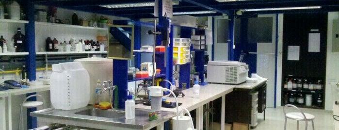 Laboratório de Microbiologia is one of UFRJ.