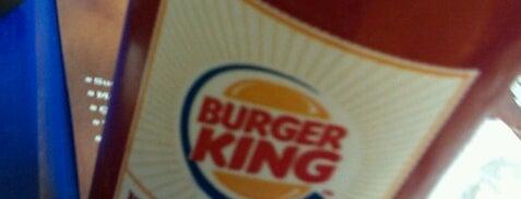 Burger King is one of Tempat yang Disukai Emine.
