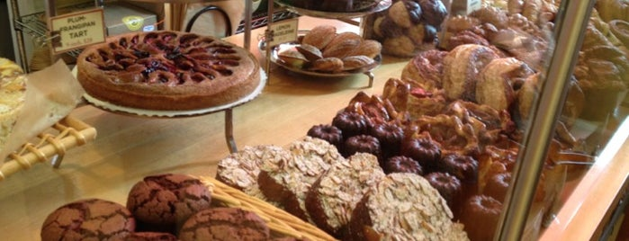 Balthazar Bakery is one of Locais curtidos por Cynthia.