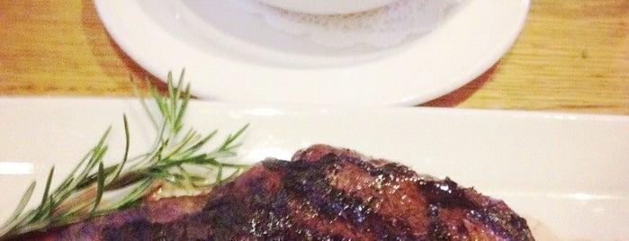 Grub Steak Restaurant is one of Nicholas'ın Beğendiği Mekanlar.