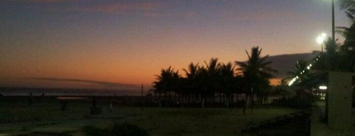 Praia da Aviação is one of Melhores Praias.