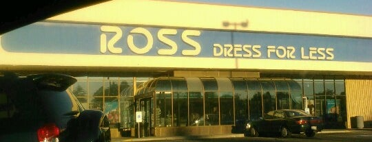 Ross Dress for Less is one of Tempat yang Disukai Gaston.