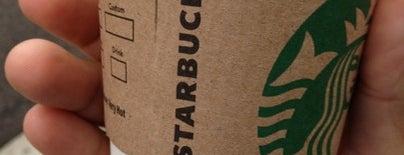 Starbucks is one of Juliana 님이 좋아한 장소.