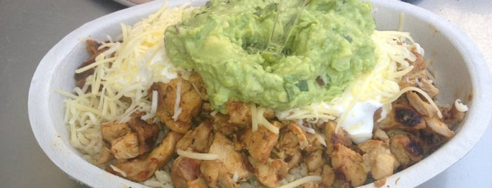 Chipotle Mexican Grill is one of Lugares favoritos de Ricardo.
