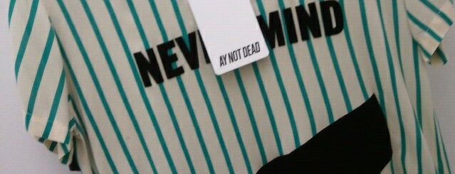 Ay Not Dead is one of Buenos Aires.