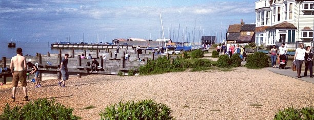 Whitstable Beach is one of Lugares guardados de Pame.