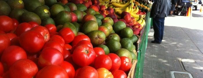 Casa Lucas Market is one of Tempat yang Disukai Dan.