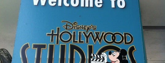 DHS Entertainment Toy Box is one of October 2014 Disney Trip.