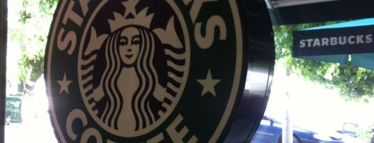 Starbucks is one of Locais curtidos por Sotiris T..