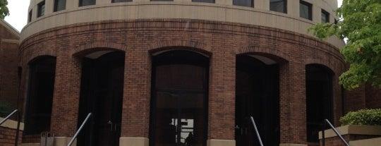 Birmingham Civil Rights Institute is one of Lugares favoritos de Andrew.