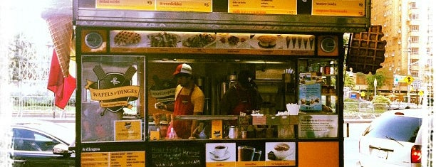 Wafels & Dinges - Herald Square is one of Lugares guardados de Jessica.