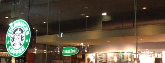 Starbucks is one of Locais curtidos por R.